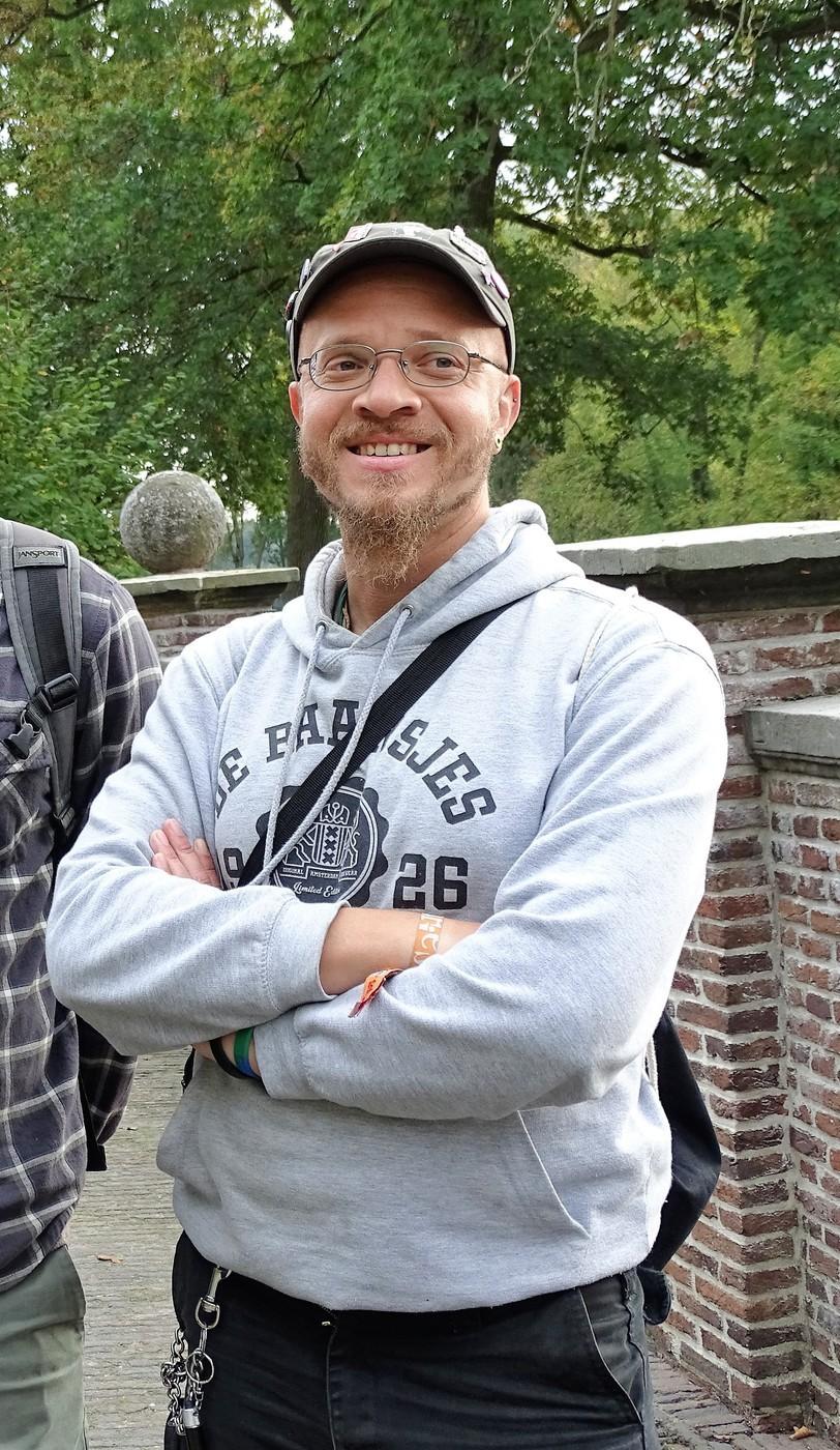 Leon Naarden